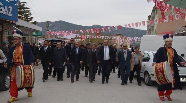 Mhp Adayı İpek,'ten Başbakan Erdoğan'a Eleştri