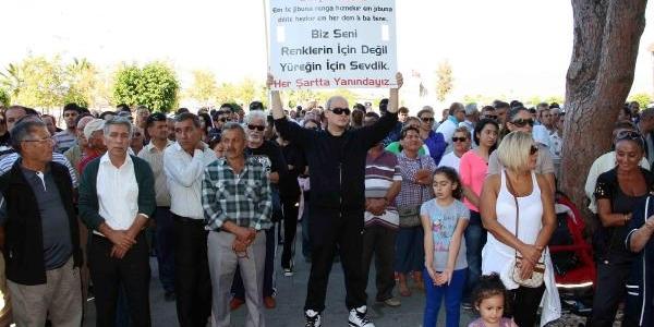 Mhp'den Istifa Eden Başkana Kürtçe Pankartli Destek Yürüyüşü