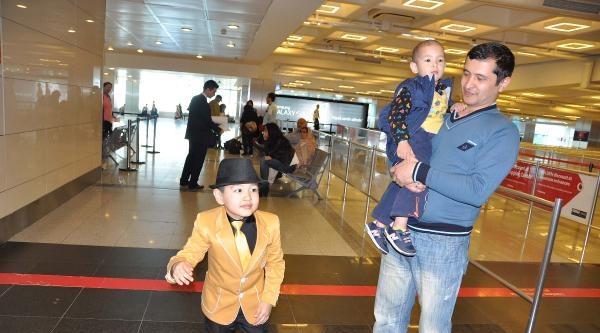 Mıchael Jackson Nur Üç Gün Havalimanı'nda Bekledi