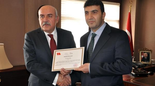 Milletvekili Tuncel'in Tokat Attiği Polis Müdürü Istanbul'a Tayin Oldu