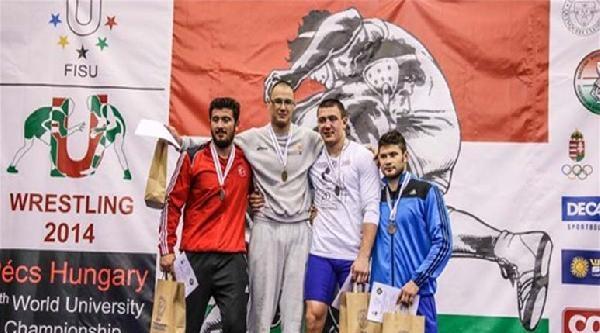 Milli Güreşçilerimiz, Dünya Üniversiteler Şampiyonasi'nda İkinci Oldu