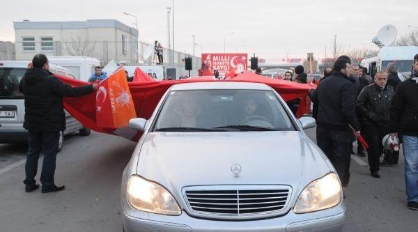 Milli Iradeye Saygi Konvoyu Kapikule'Ye Ulaşti