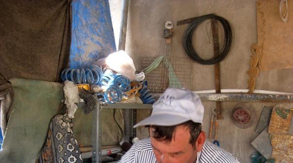 'mimar Sinan'ın Torunları' Ekmeklerini Taştan Çikartiyor