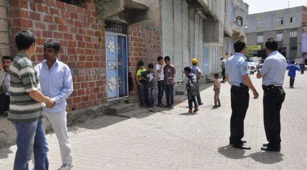 Minibüs Öğrencilere Çarpti: 1 Ölü, 1 Yaralı