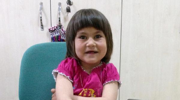 Minik Aynur'a Babasından Karaciğer Nakli