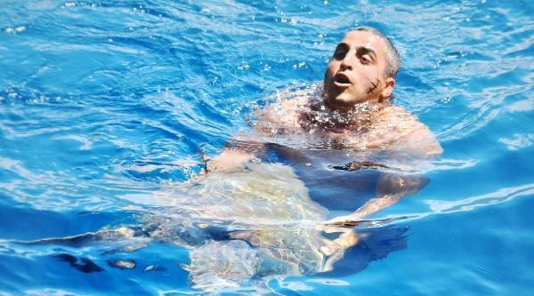 Misinaya Dolanan Caretta Caretta'yı Tekneciler Kurtardı