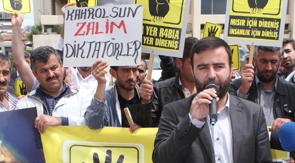 Mısır'daki İdam Cezalarına İzmir'den Tepki