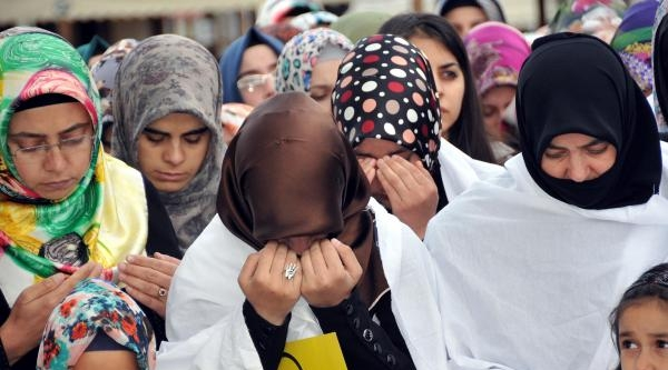 Mısır'daki İdam Kararlarına Sivas'tan Tepki