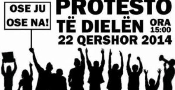 Mitroviça'da Yeni Barikat Kurulmasını Protesto Eden Gruba Müdahale