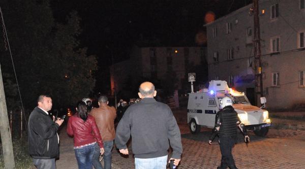 Molotoflu Saldırıda Evinde Yangın Çikan Uzman Çavuş Son Anda Kurtarıldı