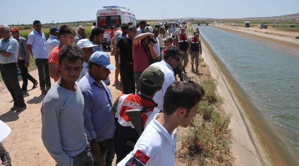Motosiklet Sulama Kanalına Düştü; Tarım İşçisi Kayboldu