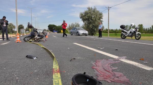 Motosiklet Sürücüsünün Taktığı Kask Hayatını Kurtardı, Arkadaşı Öldü