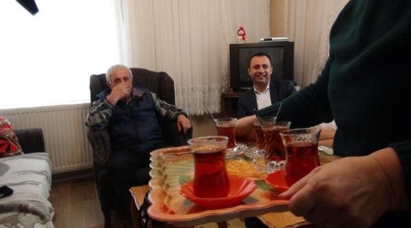 Müezzinoğlu'nun Çay Isteğini Geri Çeviren Mümin Büyükköşdere: Bakani Taniyamadim