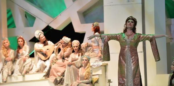 Muhteşem Süleyman Operası Bursa'yı Feth Etti