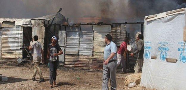 Mülteci kampında acı yangın