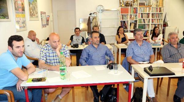 Münih'te Türkçe Gazetecilik Semineri Verildi