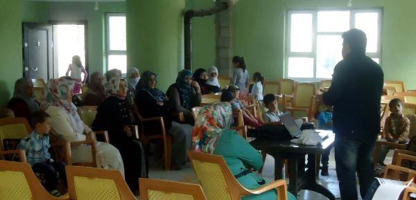 Muradiye'de Kadınlara Süt Semineri