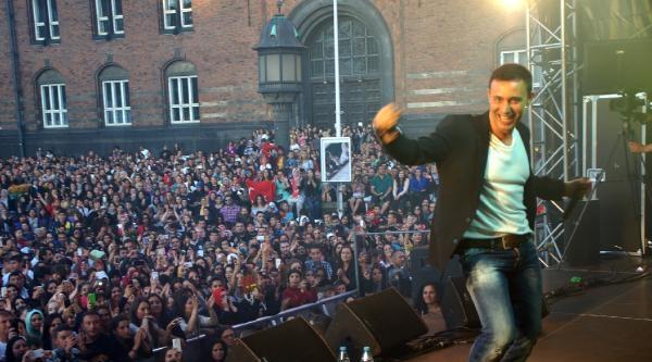 Mustafa Sandal'dan Kopenhag'ta Konser
