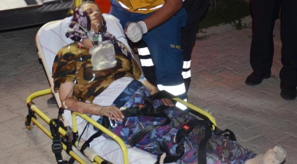 Mutfak Tüpünden Sızan Gaz Patladı, Yaşlı Kadın Yaralandı