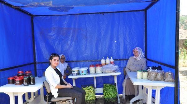 Mutki'de '1'inci Hanımeli Pazarı' Açıldı