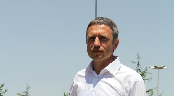 Mutlu Topçu Kayserispor'a 3 Yıllık İmza Attı