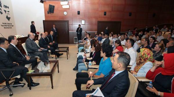 Naci Koru, Musul Başkonsolosluğu Personelinin Yakınlarıyla Bir Araya Geldi