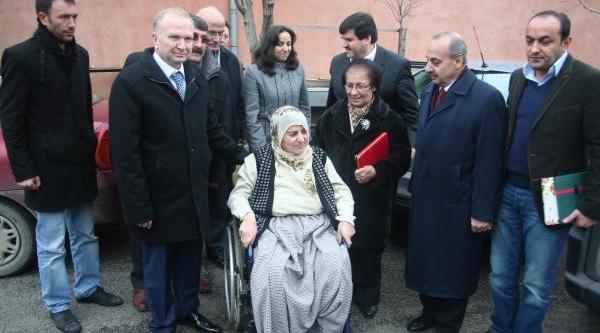 Nevşehir'de 120 Tekerlekli Sandalye Dağitildi