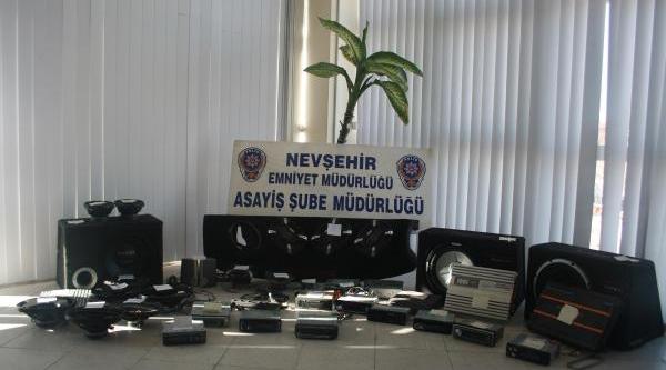 Nevşehir'De Kiralik Araçla Hirsizlik Yapan 4 Kişi Yakalandi