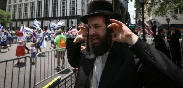 New York'ta Yahudiler İsrail'i protesto etti