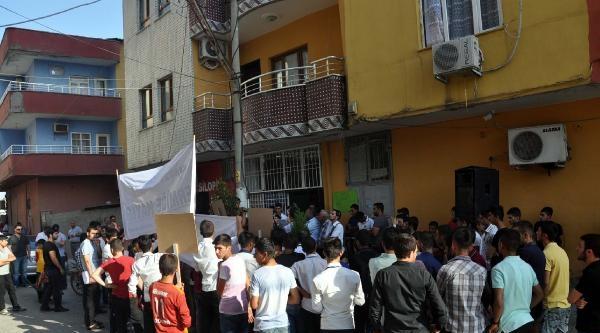 Ngellilerin Santral Protestosuna Polis Engeli