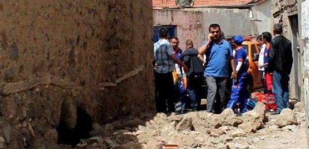 Niğde'de ev çöktü: 3 ölü, 1 yaralı!