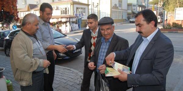 Nizip Çayi'nin Kirlenmesine Broşürlü Protesto
