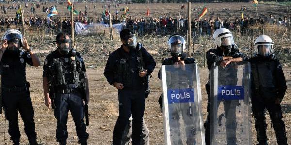 Nusaybin'de Bdp'nin Duvar Protestosunda Olay Çikti