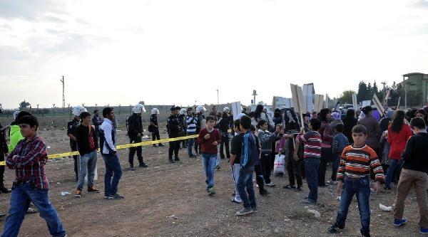 Nusaybin'De 'kadinlar Sinirlari Tanimiyor' Konferansi