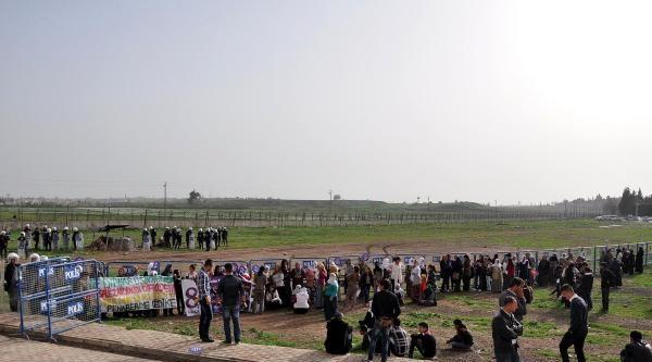Nusaybin'de Kadınların Sınıra Yürümesine İzin Verilmedi