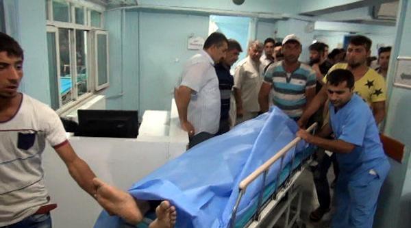 Nusaybin'de Komşu Ailelerin Silahlı Kavgası: 6 Yaralı