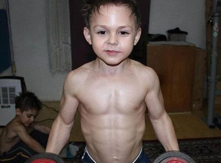 O dünyanın en güçlü çocuğu...