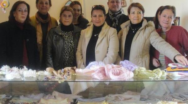 Ödemiş'te Kadinlarin El Emeği Ürünlerine Yoğun Talep