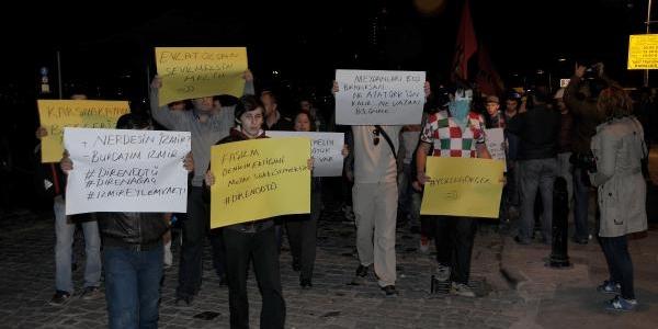 Odtü'deki Ağaç Sökümüne Izmir'de Yürüyüşlü Tepki