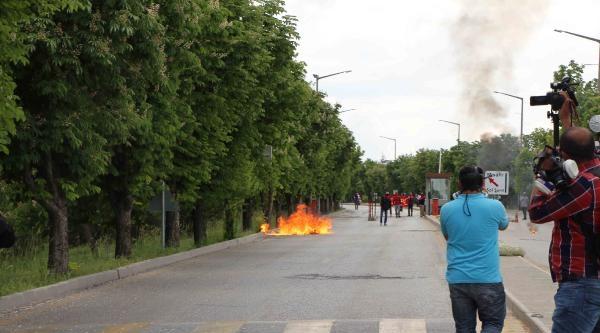 Odtü'den Adalet Bakanlığı'na Yürümek İsteyen Gruba Polis İzin Vermedi  / Fotoğraflar
