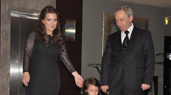 Oğluna Cami Avlusunda Osmanlı Usulü Sünnet Düğünü Yapan Vali Yardımcısı Emekli Oldu (3)