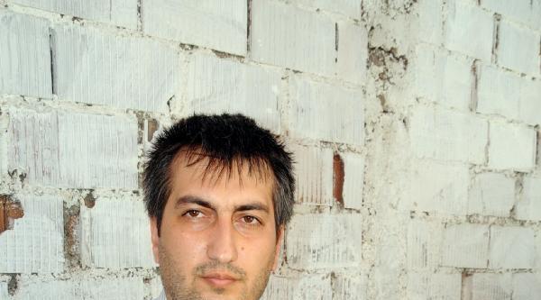 Oğlunu Kaybeden Polis Memuru Fatih Yılmaz, Savcının İzniyle Taziyeleri Kabul Ediyor