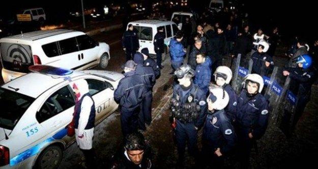 Öğrenci kavgasına polis müdahalesi: 3 yaralı, 30 gözaltı