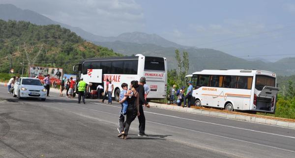 Öğrenci Servisi İle Yolcu Otobüsü Çarpişti: 5 Yaralı