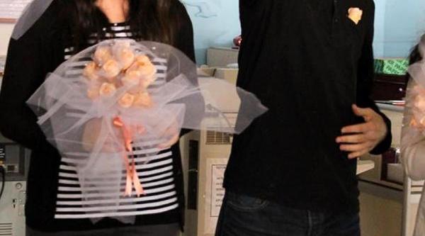 Öğrencilerden Temsili 'evlilik' Eylemi