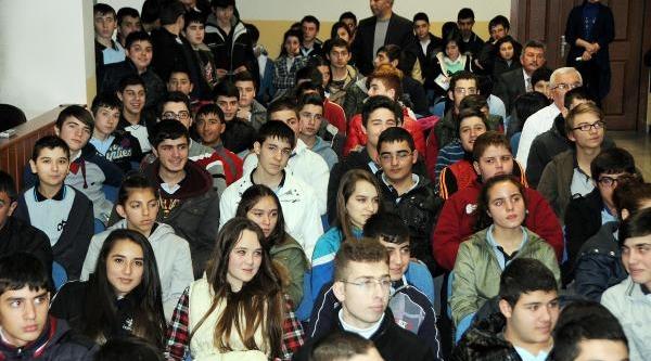 Öğrencilere 'sanal Dünya' Semineri