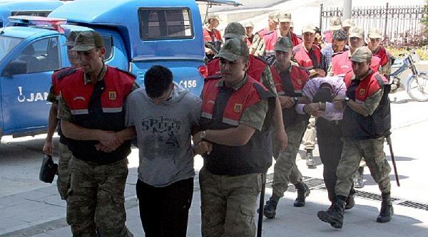 Öğrencilerine İstismardan Tutuklu Öğretmen, 2 Yıl Önce Meslekten Men Edilmiş