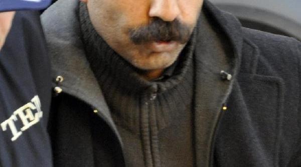 Öğretmen Terör Örgütü Üyesi Iddiasiyla Tutuklandi
