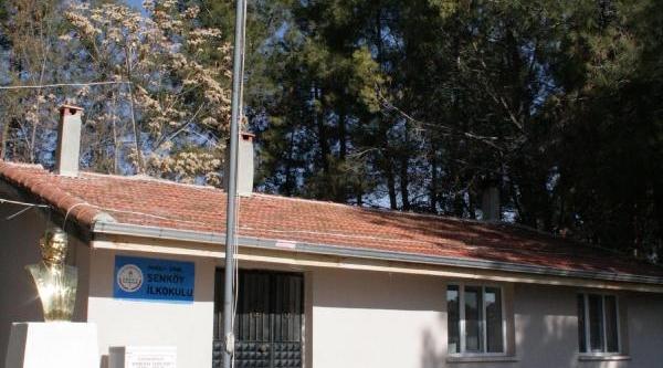 Öğretmensiz Okulun Kapisina Kilit Vuruldu