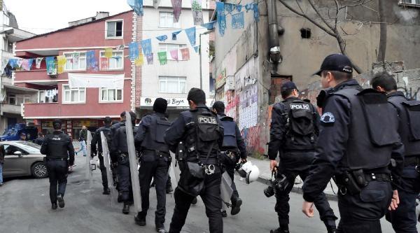 Okmeydanı Polis Ablukasında